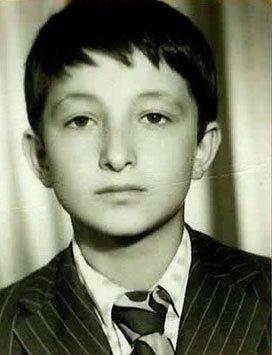 Mehmet Aslantuğ Çocukluk