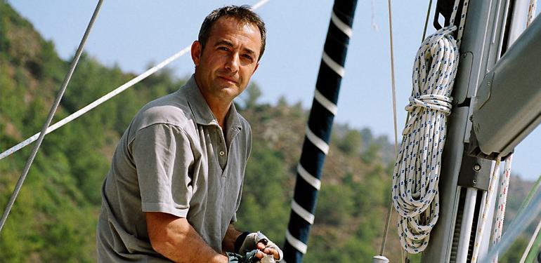 Mehmet Aslantuğ Biyografi
